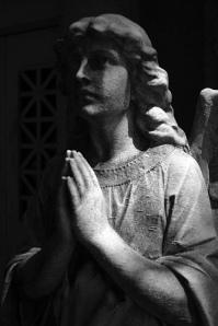 praying angel B&W